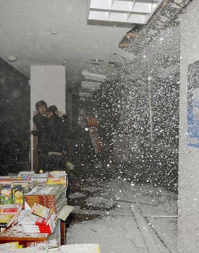 Последствия землетрясения в Японии (238 фото)