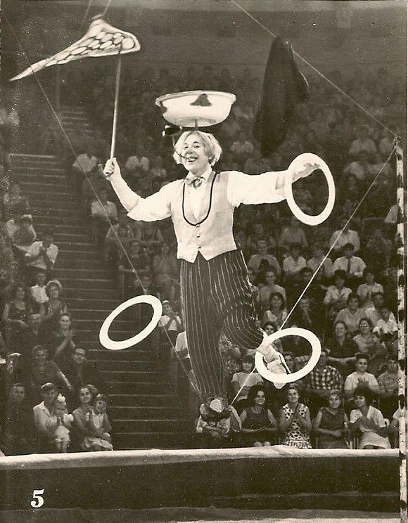 Советский цирк (17 фото)